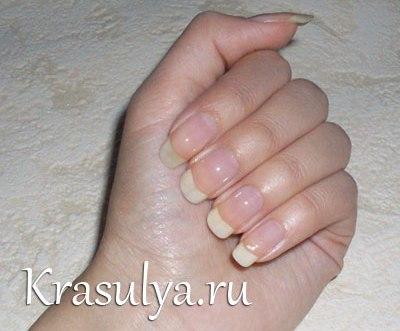 Стразы пауки на ногти